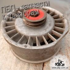 Вентилятор охлаждения двигателя Д21А-1308010Б3 к тракторам Т-16, Т-25