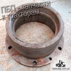 Стакан подшипника Т25-2403026 к трактору Т-40